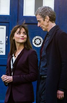 Doctor Who series twelfth doctor(Peter Capaldi) and Clara Oswald(Jenna Coleman) Doctor Who Series 8, New Doctor Who, Doctor Stuff, Twelfth Doctor, 12th Doctor, Jenna Coleman, Matt Smith, David Tennant, Dr Who