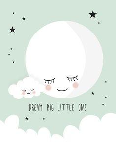 Poster Dream big little one mint A4. Met deze lieve maan poster boven het bedje, gaat je baby lekker dromen. De poster in mintgroen met een witte maan, wolkje en sterren is een eyecatcher in de babykamer. Tekst: dream big little one. De poster is ook erg leuk om cadeau te doen bij een babyshower of als kraamcadeautje. kinderkamer babykamer inspiratie decoratie mintgoen moon wolk cloud