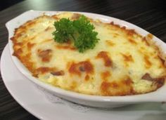Rice with chicken au gratin - Arroz com Frango Gratinado Cooking Recipes For Dinner, Easy Cooking, Healthy Cooking, I Love Food, Good Food, Yummy Food, Spicy Recipes, Mexican Food Recipes, Hungarian Recipes