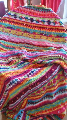 *LolaIsHooked* Crochet Along 2014 – – Knitting Blanket 2020 Crochet Motifs, Afghan Crochet Patterns, Knitting Patterns, Crochet Home, Knit Or Crochet, Crochet Baby, Point Granny Au Crochet, Crochet Afgans, Crochet Blankets