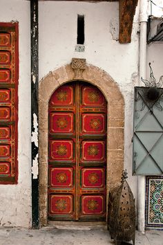 Door in the Rabat Medina. By Christopher Rose
