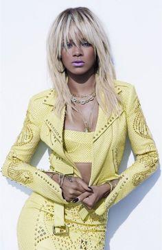 ☆ Rihanna in yellow ☆
