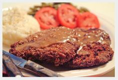 This may be the quickest and easiest country fried steak recipe out there!  With only 4 ingredients and in just 15 minutes you'll be enjoying a deep South classic - a crispy, delicious fried cubed steak. Get the easy recipe right here...