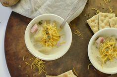 Vegan Tomato Soup Recipe | Dairy-Free + Delicious | Chasing Vibrance Crockpot Loaded Potato Soup, Healthy Potato Soup, Crockpot Sausage And Potatoes, Slow Cooker Potato Soup, Healthy Potatoes, Creamy Potato Soup, Homemade Tomato Basil Soup, Vegan Tomato Soup, Tomato Soup Recipes
