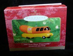 Hallmark Keepsake Ornament - 2000 Musical Oscar Mayer Wienermobile - 2001