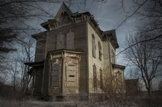 The Nova House (Youngstown, Ohio) was the place where Benjamin Albright shot and killed his son by accident then killed himself and his wife after being struck with anguish and guilt in 1958. The home has been vacant ever since and still has personal belongings inside.