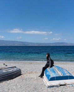 Ficamos um dia e meio em Reggio di Calabria, que fica ao sul da Itália, e tem o mar azul-claro com a borda transparente como poucas praias no mundo!