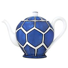 Hermes Blue-and-White Porcelain Teapot - Hermes's Bleus d'Ailleurs Collection, Blue & White Porcelain with a TWIST! Love Blue, Blue And White, Teapots And Cups, Blue China, Chocolate Pots, White Porcelain, Shades Of Blue, Tea Time, Tea Party
