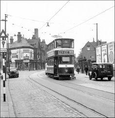 On Meanwood Rd viewed towards Buslingthorpe, with the gates of the school to the right of the tram.this day June was the last day of operation for tramcars along Meanwood Rd. Leeds Pubs, Leeds City, Uk History, Light Rail, My Town, Back In Time, Old Pictures, Yorkshire, Cambridge