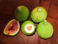 hearts in nature ~ I love figs.