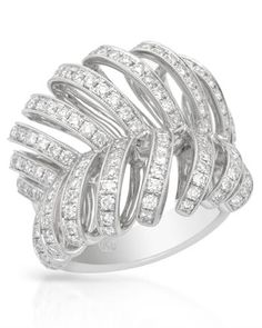 Beautiful ring with diamonds in white gold. #diamond #gold #ring