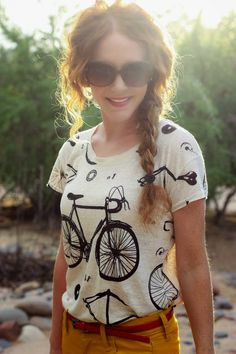 Casual Bicycle Shirt With Yellow Pants