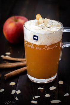 Rezept für super köstlichen und einfachen Bratapfelpunsch mit Schuss. Der Punsch wärmt an kälteren Tagen schön wohling warm von innen.