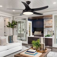 LED ceiling fan with structure in different finishes. AC silent fan with three speeds of rotation. Ideal for living rooms and bedrooms. Luminous Flux, Luz Led, Fashion Room, Classic Style, Bilbao, Living Room, Ceiling Fans, Bedroom