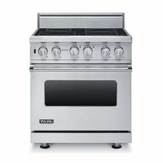 Custom Electric Induction Range (VISC) in 12 Exclusive Finishes - Viking Range Corporation second pick for stove. w custom white knobs. Viking Stove, Viking Range, Viking Appliances, Kitchen Appliances, Kitchens, Large Oven, French Style Homes, Range Cooker, Home Chef
