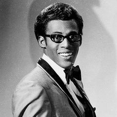 David Ruffin of the Temptations, singer (is it just me, or was David Ruffin like so frakking adorable? I've always loved his glasses and smile :3 )