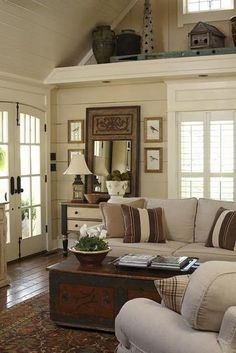 country farmhouse livingroom | ceiling and shelving gives this living room a distinctly farmhouse ... (scheduled via http://www.tailwindapp.com?utm_source=pinterest&utm_medium=twpin&utm_content=post465925&utm_campaign=scheduler_attribution)