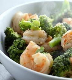 Vervang slechte koolhydraten door eiwitten en goede vetten! In dit artikel vindje tips en recepten voor een heerlijke koolhydraatarme lunch.