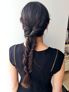 8 Things Only Girls With Long Hair Would Understand   allure.com