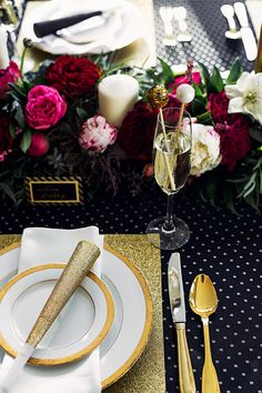 Black & Gold NYE Wedding: table scape featuring Love by Phoebe Stationery, dinner and glassware from Pedersen's and floral garland by Celsia Floral.