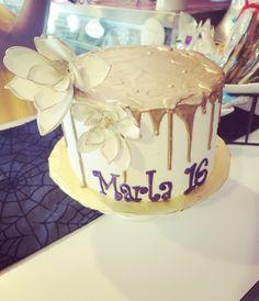 Sweet 16 drip cake#carinaedolce  www.carinaedolce.com www.facebook.com/carinaedolce Drip Cakes, Sweet 16, Birthday Cake, Facebook, Desserts, Food, Birthday Cakes, Meal, Sweet Sixteen