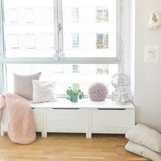 Window seat diy Nordic Home, Window, Photo And Video, Living Room, Storage, Diy, Furniture, Home Decor, Purse Storage