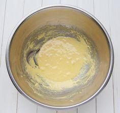 Tiramisu cu fructe la pahar - Desert De Casa - Maria Popa Tiramisu, Tableware, Desserts, Dinnerware, Dishes, Tiramisu Cake, Place Settings
