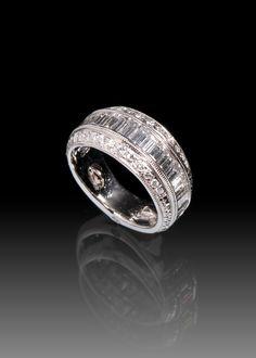 JPratt Designs: Custom designed platinum ladies band with baguette diamond and round diamonds