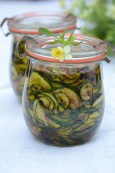 Plastry cukinii w oliwie
