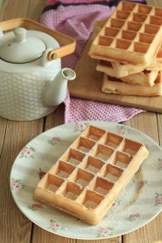 Wafers extremely gentle, crust-melting as on the honest (lactose-free) This recipe, I need to admit that I used to be searching for a few years now! I like waffles like on the honest, those that are extremely crispy outdoors, every thing . Thermomix Desserts, Ww Desserts, Dessert Recipes, Sans Lactose, Lactose Free, Biscotti, Healthy Protein Breakfast, Beignets, Waffle Ice Cream