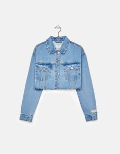 Discover this and many more items in Bershka with new products every week Girls Summer Outfits, Girl Outfits, Cute Outfits, Fashion Outfits, Fashion Trends, Jean Jacket Outfits, Denim Outfit, Cropped Denim Jacket, Demin Jacket