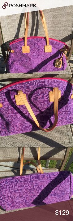 ️Dooney&Bourke Purple/Pink Sig Print,like new,huge Leather straps, cloth/nylon inner/outer.  Perfect ! Dooney & Bourke Bags