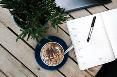 What should you include in your daily checklist to super boost your productivity? Here're 13 items to put on your daily checklist for a productive day. Tapas, Smart Method, Daily Checklist, Wordpress, Refillable Planner, Life Transitions, Weekly Planner Printable, Web Design Trends, Planner Organization