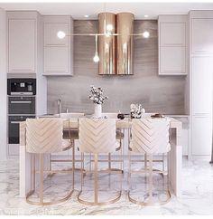 perfect dining room design ideas easy to apply 1 Luxury Kitchen Design, Luxury Kitchens, Interior Design Kitchen, Home Kitchens, Cuisines Design, Dining Room Design, Luxury Dining Room, Home Decor Kitchen, Kitchen Modern