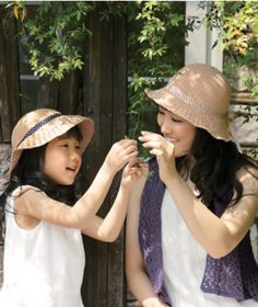 Mother-daughter Hats