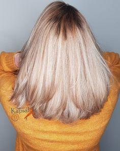 15 vind-ik-leuks, 0 opmerkingen - Henriët's Kapsalon (@henrietskapsalon) op Instagram: 'Balayage met highlights en een coole toner. Resultaat een mooie natuurlijke fris blonde kleur.…'
