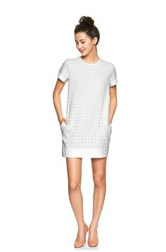 Love this dress. Perfect LWD for spring.