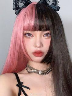 Cute Makeup, Hair Makeup, Kreative Portraits, Split Dyed Hair, Hair Streaks, Hair Reference, Hair Dye Colors, Aesthetic Hair, Dye My Hair