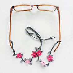 Items similar to Needle Lace Pure Silk Glasses Strap - Glasses Chain - Eyeglasses Cord on Etsy Diy Glasses, Book Markers, Eyeglass Holder, Needle Lace, Silk Ribbon Embroidery, Lace Making, Crochet Accessories, Baby Knitting Patterns, Handicraft