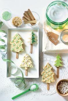 recette de Noël : des sucettes en chocolat blanc pour les fêtes! - christmas recipes : Christmass tree lolipop - Marie Claire Idées