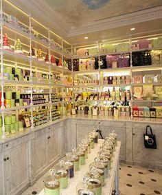 Ladurée :: did someone say chocolates and tea?  yes, please.  http://www.laduree.fr/en/maisons/paris