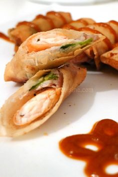 Ram Quang (Central Vietnamese-style fried spring roll)