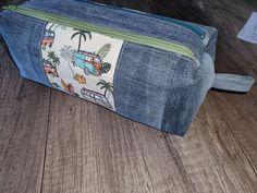Trousse Zip-Zip en jean et imprimé vans cousue par Sylvie - Patron Sacôtin