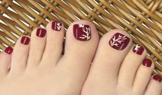 latest Picture of Toe nail Art cutest Toe Nail Art Designs For This Summer With the shoe season simply round the corner, area unit you longing for ways that to amp up your toes this summer? If you're, congratulations! Fall Toe Nails, Simple Toe Nails, Cute Toe Nails, Toe Nail Art, Pretty Nails, Fun Nails, Toe Nail Designs For Fall, Toenail Art Designs, Simple Nail Art Designs