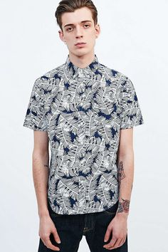 Edwin Palm All-Over Print Short Sleeve Shirt in Navy - Urban Outfitters
