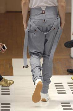 juun j; Fashion Moda, Fashion Pants, Sneakers Fashion, Fashion Outfits, Womens Fashion, Juun J, Fashion Details, Fashion Design, Inspiration Mode