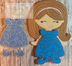 Pretty Swirls: Dress For Felt Doll por NettiesNeedlesToo en Etsy