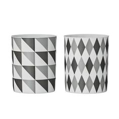 Some new candleholders are an easy way to update your home! This set from Bloomingville has a graphic design with triangles in a stylish grey scale that suits both the modern or retro home. The candleholders are very versatile and can also be used as a stand for your tooth brush or pens!
