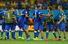 Italy players celebrate victory in the 2014 FIFA World Cup Brazil Group D match between England and Italy at Arena Amazonia on June 14, 2014 in Manaus, Brazil.