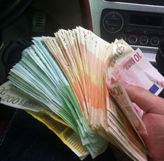Quick Money, How To Get Money, Western Union Money Transfer, Passport Online, All Currency, Making 10, Money Quotes, Goods And Services, Money Tips